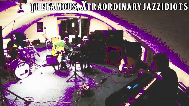 La Purple Vie en Rose - The Famous, Xtraordinary Jazzidiots
