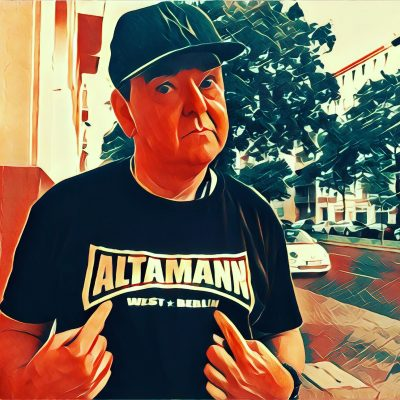 Zum Glück ist er ein #Altamann #TShirt #Kult